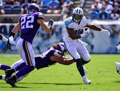 DeMarco Murray #29 of the Tennessee Titans rushes against Harrison Smith #22 of the Minnesota Vikings during the first half at Nissan Stadium on Sept. 11, 2016 in Nashville.