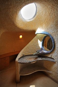 Cool idea for earthship washroom fixture!!!