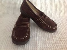 Launch Girls Brown Suede Loafer Size 2- FREE SHIPPING #LAUNCH #Loafers
