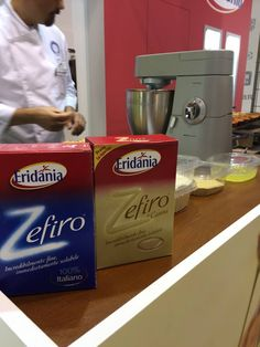 Due dei protagonisti Eridania del #TuttoFood2015 #showcooking #food #recipes #event #cookies #muffin #StefanKrueger #pastry #pastrylab @CookeryLab