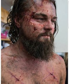 This is a brilliant and subtle makeup by Sian Grigg and The point of special effects makeup is to be believable and as realistic as possible. Practice these types of makeups instead of zipper faces especially if you want to work on films. Leonardo Dicaprio Girlfriend, Will Poulter, Zipper Face, Subtle Makeup, Types Of Makeup, Special Effects Makeup, The Revenant, Cult Movies, Believe