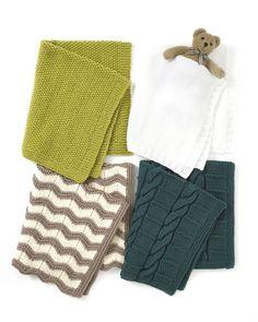 Kotiliesi keräsi 4 helppoa ohjetta vauvan peitolle: sileä-, helmi-, siksak- tai palmikkoneuleinen malli. Neulo vaikka kaikki ja anna osa lahjaksi!