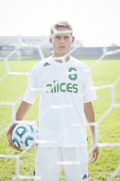 Soccer Senior Portrait | Bonnie Bowman Phototgraphy