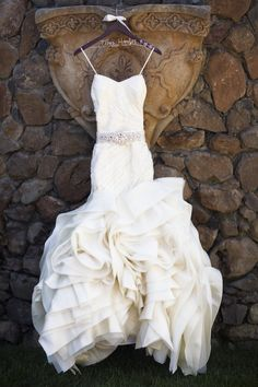 wedding dress idea; featured photographer: Catherine Hall Studios