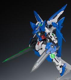 GUNDAM GUY: P-Bandai Exclusive: MG 1/100 Gundam Amazing Exia - Review by Schizophonic9