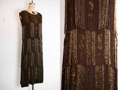 robe des années 1920 / 20 s perlée robe / par LacyDressesVintage
