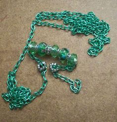 Jewelry Supplies-Green Chain & Euro Type Green Glass Beads: http://www.outbid.com/auctions/16069-dollar-deals-35-all-starting-bids-under-5#19-5/26/13-6:30pmMST