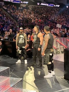 Roman Reigns & The Usos Samoan Men, Wwe Raw And Smackdown, Roman Reings, Big Dogs, Reign, Basketball Court, Guys, Celebrities, Sports