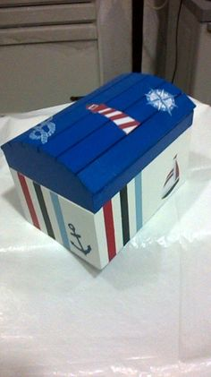 Baby Design, Crafts To Do, Wood Crafts, Pirate Decor, Baby Shawer, Nautical Party, Toy Boxes, Wooden Boxes, Painting On Wood