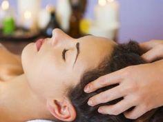 Hair Fall Control Tips, Temple Hair Loss, Onion Hair Growth, Onion Juice For Hair, Ayurvedic Hair Oil, Reduce Hair Fall, Massage, Nose Hair Trimmer, Hair Care Recipes