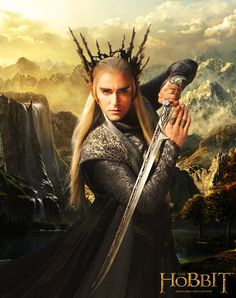 Lee Pace as Thranduil the elven king from the Hobbit movies. Thranduil Cosplay, Legolas Und Thranduil, Lee Pace Thranduil, The Hobbit Movies, O Hobbit, Tolkien, Cool Swords, Desolation Of Smaug, King Of My Heart