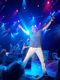 Great photo by Chris Dentise Red Rocker, Sammy Hagar, Great Photos, Concert, Concerts