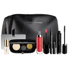 New at #Sephora: Marc Jacobs Beauty The Showstopper 7-Piece Holiday Set - A complete seven-piece set of your favorite Marc essentials, including new, limited-edition shades. #giftsets #makeup #marcthemoment