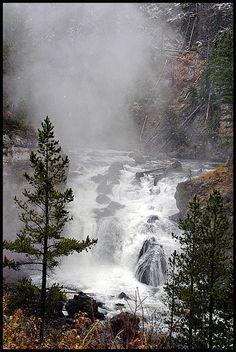✯ Firehole Falls - Yellowstone