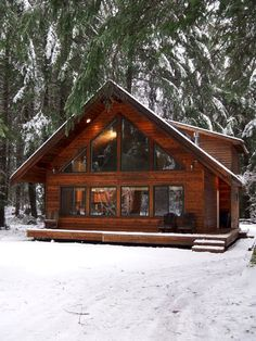 Log Homes 60 small mountain cabin plans with loft fresh 70 fantastic small log cabin homes design id Chalet Design, Chalet Style, Lodge Style, Cabin Plans With Loft, Small Cabin Plans, Loft Floor Plans, Cabin Loft, Rustic Home Plans, Lake Home Plans