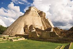 Experience the mystery of the ancient Mayans. blisshoneymoons.com