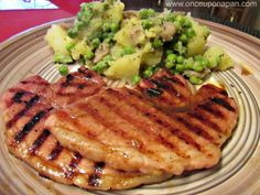 Grilled Gammon steak with potato, mushrooms and peas How To Cook Gammon, How To Cook Pork, Grilled Steak Recipes, Pork Recipes, Cooking Recipes, Gammon Steak, Quick Recipes, Bacon, Grilling