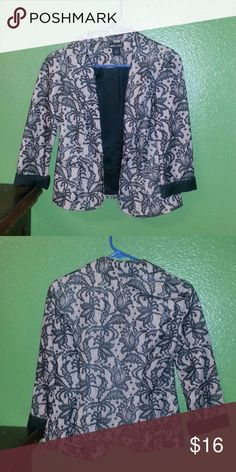 😳😍🤑 LACE BLAZER 😳😍🤑 🤓😴🤑 This pink quarter sleeve blazer has black lace embroidered over it. Very cute and comfortable, worn a couple times a looks brand new. Feel free to offer 🤓😴🤑 Jackets & Coats Blazers