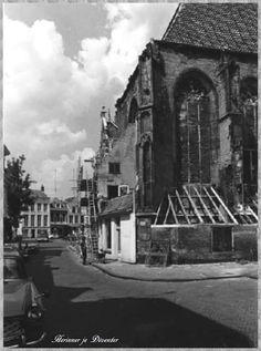 Grote Kerkhof.