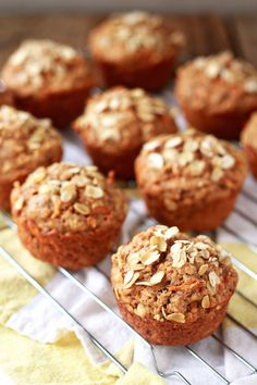 Vegan Spiced Carrot Muffins from My Veggies and (Kitchen Treaty) (Butter Substitute Muffin Recipes) Zucchini Muffins, Muffins Blueberry, Carrot Muffins, Carrot Cake, Whole Food Recipes, Vegan Recipes, Cooking Recipes, Muffin Recipes, Breakfast Recipes