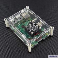 Transparentes Acryl-Gehäuses mit Öffnung für einen Lüfter. Raspberry Pi 2 Model B + Acrylic Case With Fan Hole.