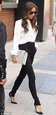 Victoria Beckam #fashion #streetstyle #blackandwhite