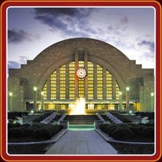 Cincinnati Art Deco Union Terminal - Image Provided By Cincinnati Museum Center At Union Terminal Cincinnati Museum, Cincinnati Art, Carew Tower, Art Nouveau Arquitectura, Examples Of Art, History Museum, Art Deco Design, Places To Go, Exterior