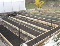 Cache of Gardening stuff