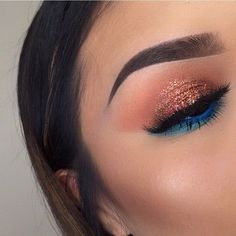 Eye makeup goes with green dress Make up like Kylie Jenner Makeup used by baseball players Makeup red Makeup photos Makeup Eye Looks, Cute Makeup, Eyeshadow Looks, Glam Makeup, Gorgeous Makeup, Pretty Makeup, Skin Makeup, Makeup Inspo, Eyeshadow Makeup