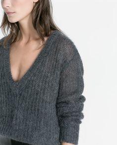 Image 6 de PULL EN MAILLE CÔTELÉE EXTRA-LARGE de Zara