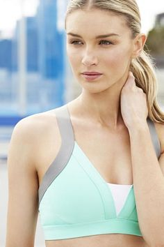 Check out Country Road Active's new range Fashion Today, I Love Fashion, Sport Fashion, Fashion Brand, Cute Sports Bra, Latest Fashion Design, Love Fitness, Blonde Beauty, Outdoor Photography