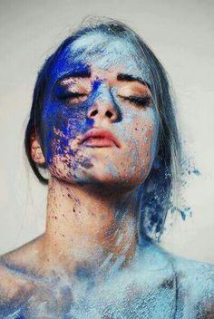 Mavi .........