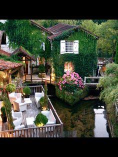Restaurant in France!