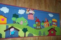 Huszárkriszta....kreatív textilvilága....: Bogyó és Babóca interaktív falvédő Textiles, Hobbit, Projects, Project Ideas, Kids Rugs, Cartoon Ideas, Baby, Wall Hangings, Home Decor