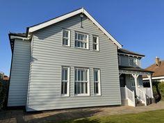 New England Style, England Fashion, The Dunes, Beach House, Cabin, House Styles, Luxury, Home Decor, Beach Homes