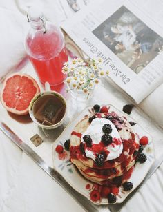 Breakfast in Bed - Weekend Love Notes  | #pancakes #tea #newspaper
