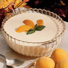 Recipes for Apricot-orange gelatin salad that you will be love it. Choose from hundreds of Apricot-orange gelatin salad recipes! Jello Desserts, Dessert Salads, Jello Recipes, Salad Recipes, Delicious Desserts, Jello Salads, Fruit Salads, Flan, Desserts