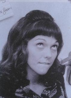 Love this picture. Richard Carpenter, Karen Carpenter, Carpenters Band, Karen Richards, Angeles, Steve Perry, Types Of Girls, Rock Legends, Musica