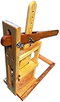 Cheese Recipes, Gourmet Recipes, Cheese Press, Dutch Cheese, Cheese Maker, Make Your Own, Make It Yourself, Pipe Furniture, How To Make Cheese