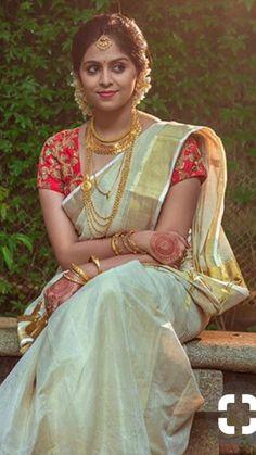 Diy wedding dress patterns sweets Ideas for 2019 - Diy wedding dress patterns sweets Ideas for 2019 - Kerala Wedding Saree, Kerala Bride, Hindu Bride, South Indian Bride, Saree Wedding, Set Saree Kerala, South Indian Sarees, Bridal Sarees, Diy Wedding Dress