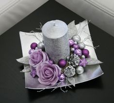 Vánoční svícínek - fialovostříbrný / Zboží prodejce jircice | Fler.cz Christmas Advent Wreath, Christmas Swags, Christmas Candles, Pink Christmas, Purple Christmas Decorations, Christmas Flower Arrangements, Christmas Centerpieces, Theme Noel, Christmas Crafts