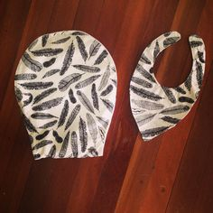 Bib and burping cloth Pot Holders, Crafts, Clothes, Outfit, Clothing, Hot Pads, Kleding, Potholders, Crafting