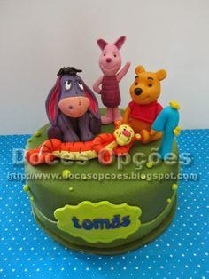 Doces Opções: Bolo com o Ursinho Pooh e amigos
