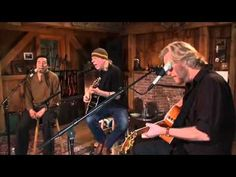 "DARYL HALL & SMOKEY ROBINSON ~ SARA SMILE from Episode 22 of Daryl's interent  web show ""Live from Daryl's House"" http://www.livefromdarylshouse.com/welcome.html"