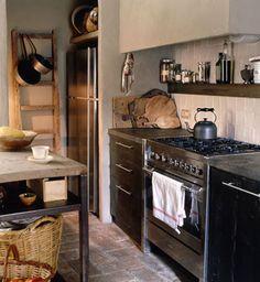 Kitchen | Eduardo Arruga