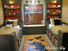 Wonderfully warm and accommodating Bedroom scheme for kids . . . could be the setting for a Pirates of the Caribbean or Around the World in 80 Days fantasy game . . .