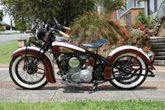 '39 Indian Chief! Mmmmmm! http://www.facebook.com/pages/Indian-Chief-Legend/505680782803314 What is the difference beetween Indian and Harley? Harley is for sell Like the legend :)
