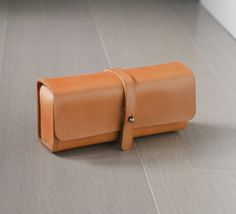 caramel color vegetable cow hide leather Pencil Case/Pen Pouch/ Sunglasses Case