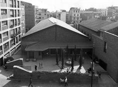 MBM. Iglesia del Redentor. 1957-1968 exterior Canopy, Opera House, Barcelona, Street View, Exterior, Architecture, Building, Classic, Travel