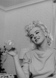 """missmonroes: """" """" Marilyn Monroe photographed by Ed Feingersh, 1955. """" """""""